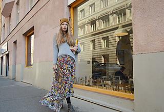 Sukne - Farebná kvetovaná dlhá sukňa - 9987697_