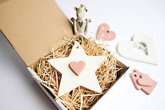 Dekorácie - Vianočná biela hviezda s tera srdcom - 9985041_