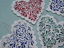 Dekorácie - Ornamentové srdiečka na vianočný stromček - 9993345_