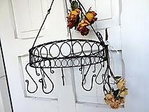 Dekorácie - vešiak - sušiak na bylinky - drotársky bylinkáč - 9993260_