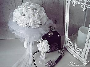 Kytice pre nevestu - Biela svadobná kytica,pieko. - 9989866_