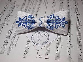 Doplnky - Vyšívaný motýlik modrý Krištof - 9992632_
