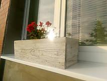 Nádoby - drevený kvetináč, debnička, hrantík - 9989066_