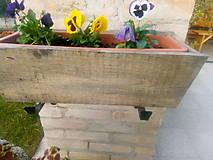 Nádoby - drevený kvetináč, debnička, hrantík - 9989067_