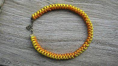 Náhrdelníky - Pletený uzlový náhrdelník žlto oranžový, č. 2407 - 9992046_