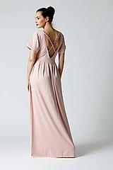 Šaty - Šaty púdrové s vyšívkou na chrbte - 9996033_