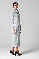 Šaty svetríkové midi bledo šedé