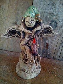 Socha - anjelik so sviečkou - 9993466_