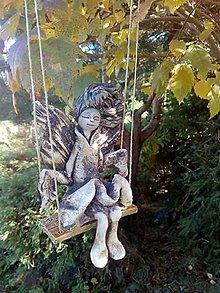 Socha - anjelik na hojdačke - 9996629_