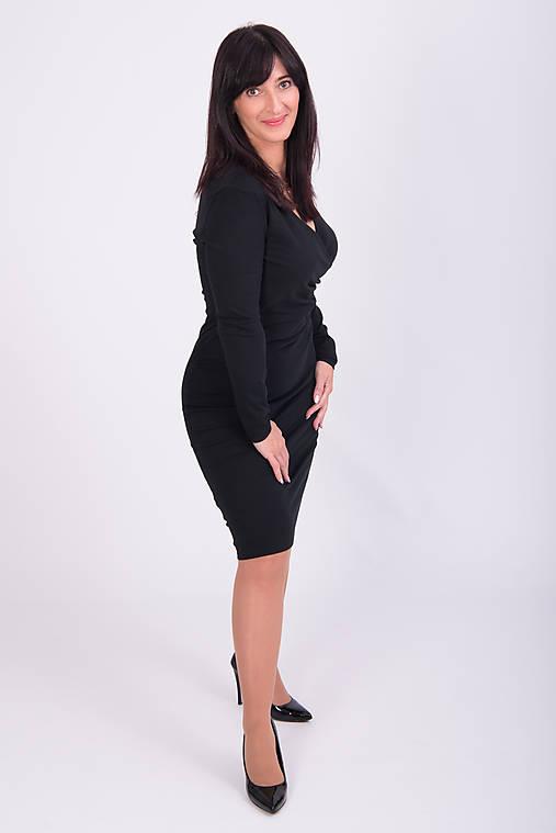 Čierne elegantné šaty na každú príležitosť   miracles.style - SAShE ... 8aae4a2d9c3