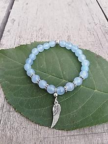 Náramky - Detský jemný náramok z jadeitu s anjelským krídlom - 9997640_