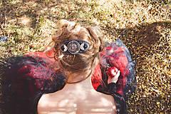 Ozdoby do vlasov - The gentle melancholy - vyšívaná spona do vlasů - 9997573_