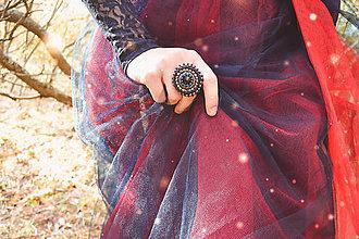 Prstene - The gentle melancholy - vyšívaný prsten - 9997564_
