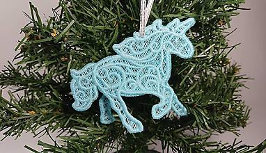 Dekorácie - Vianočná ozdoba čipkovaný jednorožec (Modrá) - 10000305_