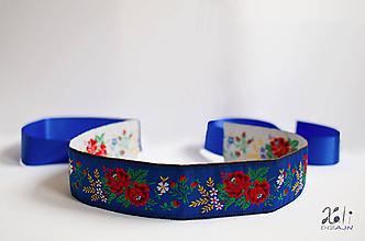 Opasky - Folk opasok 5,5 cm obojstranný (Bielo - modrý opasok s modrou stuhou (obvod pásu do 80 cm)) - 10000481_