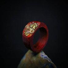 Prstene - Drevený prsteň: V záhradách - 9999054_