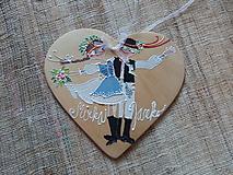 krojovaný svadobný pár