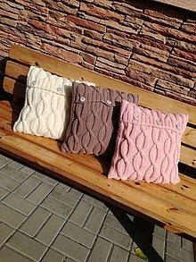 Úžitkový textil - BROSKYŇOVÝ vankúš - 10005762_