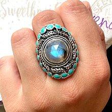 Prstene - Faceted Labradorite Massive Antique Silver Ring / Výrazný prsteň s modrým brúseným labradoritom #1054 - 10011502_