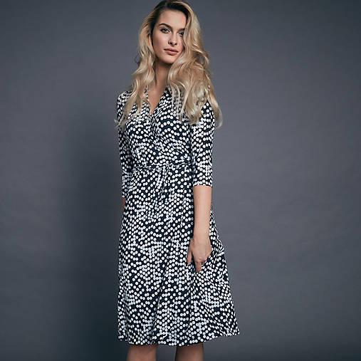 8189a7a7f951 Zavinovacie bodkované šaty   zuzanavesela - SAShE.sk - Handmade Šaty