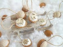 Dekorácie - Oriešky vianočné , prírodné.. - 10009471_