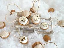 Dekorácie - Oriešky vianočné , prírodné.. - 10009472_
