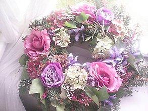 Dekorácie - Veniec na dušičky ... veľký prírodný s látkovými ružičkami - 10009439_