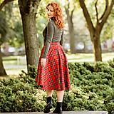 - asymetrická sukňa