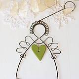Dekorácie - anjel so srdiečkom- vianoce (zelené srdiečko) - 10015671_