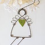 Dekorácie - anjel so srdiečkom- vianoce (zelené srdiečko) - 10015673_