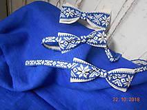 """Doplnky - Folk motýlik """" Blue & white"""" - krížikový, ako vyšívaný - 10016232_"""
