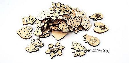 Galantéria - Drevené výlisky vianočný motív - náhodný mix 50 kusov - 10016617_