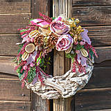 Dekorácie - Veniec s ružami - 10013299_