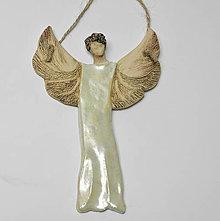 Dekorácie - keramický anjelik na zavesenie - 10014521_