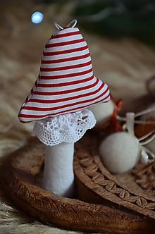 Dekorácie - Muchotrávka (Biela, červený pásik) - 10013514_