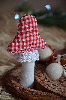 Dekorácie - Muchotrávka (Červená, biela kocočka) - 10013568_