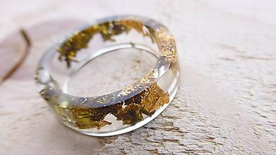 Prstene - Živicový prsteň - 10016362_