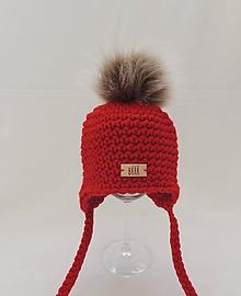 Detské čiapky - Červená detská zimná čiapka s kožušinkou - 10012694_