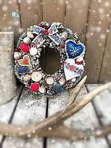 Dekorácie - Zimný venček Folk - 10013646_