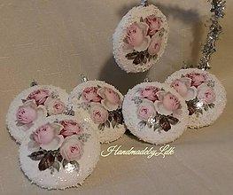 Dekorácie - Vianočný medailón - Ružičky - 10017668_