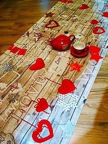 Úžitkový textil - Behúň LOVE- 55 X 135cm - 10019290_