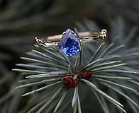 Prstene - Větvičkový se zirkonem barvy safíru, růžové zlato - 10018425_