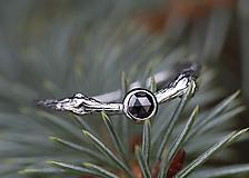 Prstene - Větvičkový s černým diamantem v bílém zlatě - 10018509_