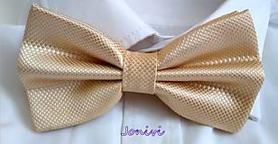 Doplnky - Pánsky elegantný motýlik - šampanský - 10016913_