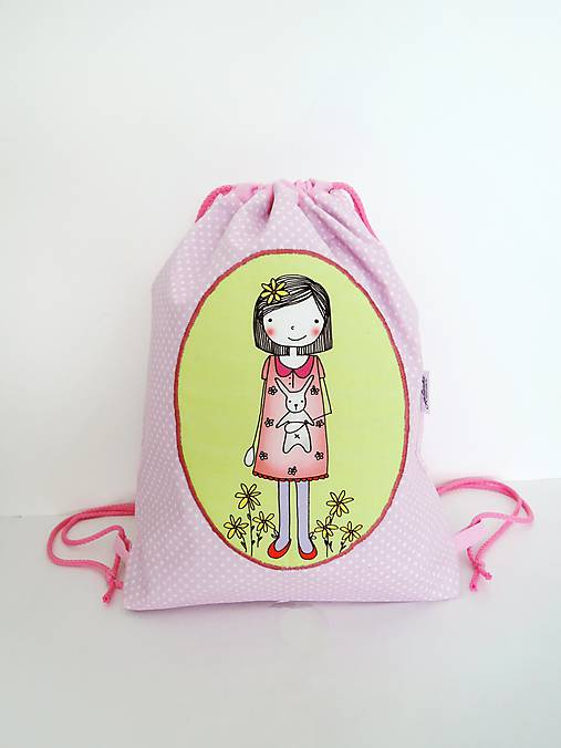Ružový batôžtek - dievčatko so zajačikom