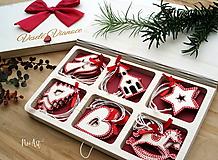 Drevené vianočné ozdoby - Červená folklórna kolekcia 2