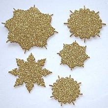 Materiál ručne robený - Snehové vločky, výrezy 1 Zlatá antická glitrovaná 5 ks - 10026769_