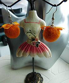 Náušnice - plstené oranž guľky - 10026820_