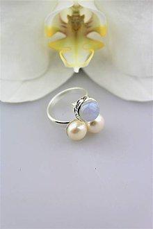 Prstene - perly a chalcedón prsteň strieborný - univerzálna veľkosť - 10026101_