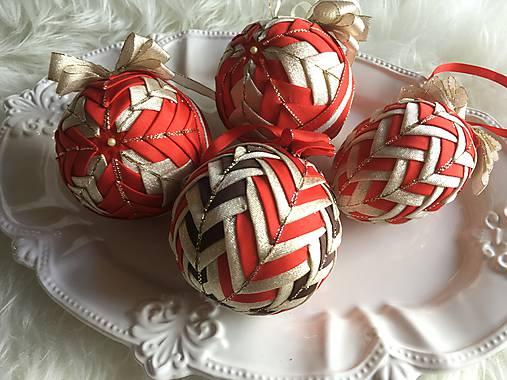 3114fffe4 Vianočné gule - falošný patchwork (červená, zlatá) / silvi.k - SAShE ...